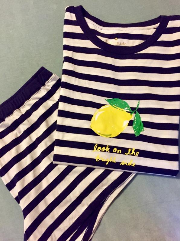 2-piece short & t-shirt set!